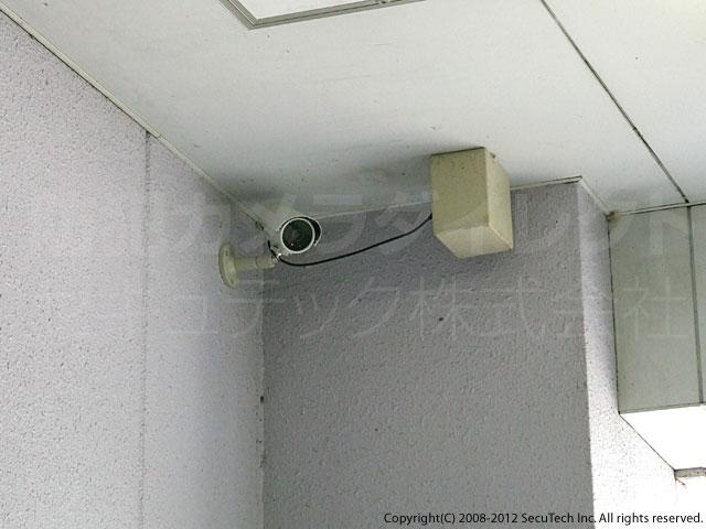壁面への設置例