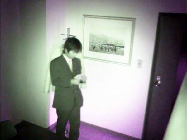 屋内での夜間撮影